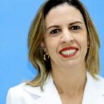 Carla Alvarenga